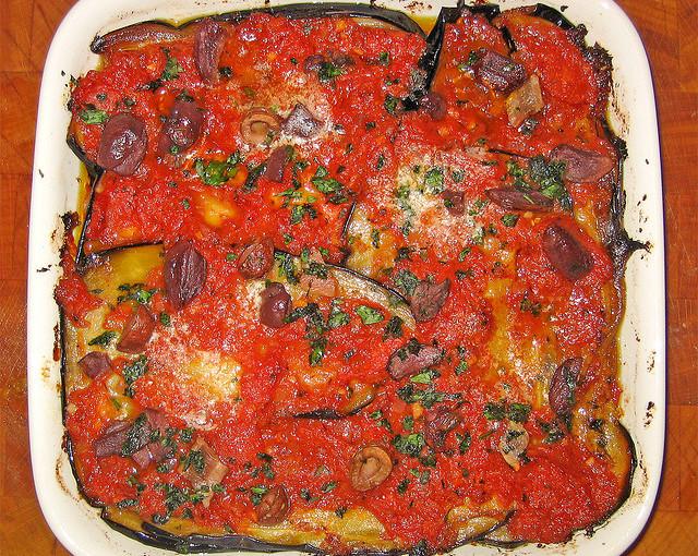 Potrawy Kuchni włoskiej i także lokalne mięso sezonowane
